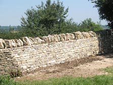 Cladded freestanding wall, Cotswolds Dry Stone Waller